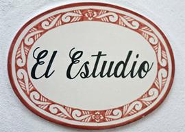 Studio - Sign
